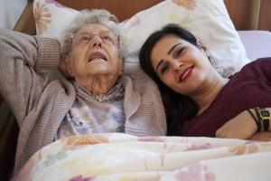 Foto - Zeit zum Unterhalten in der Alzheimer-WG -WDR 2016